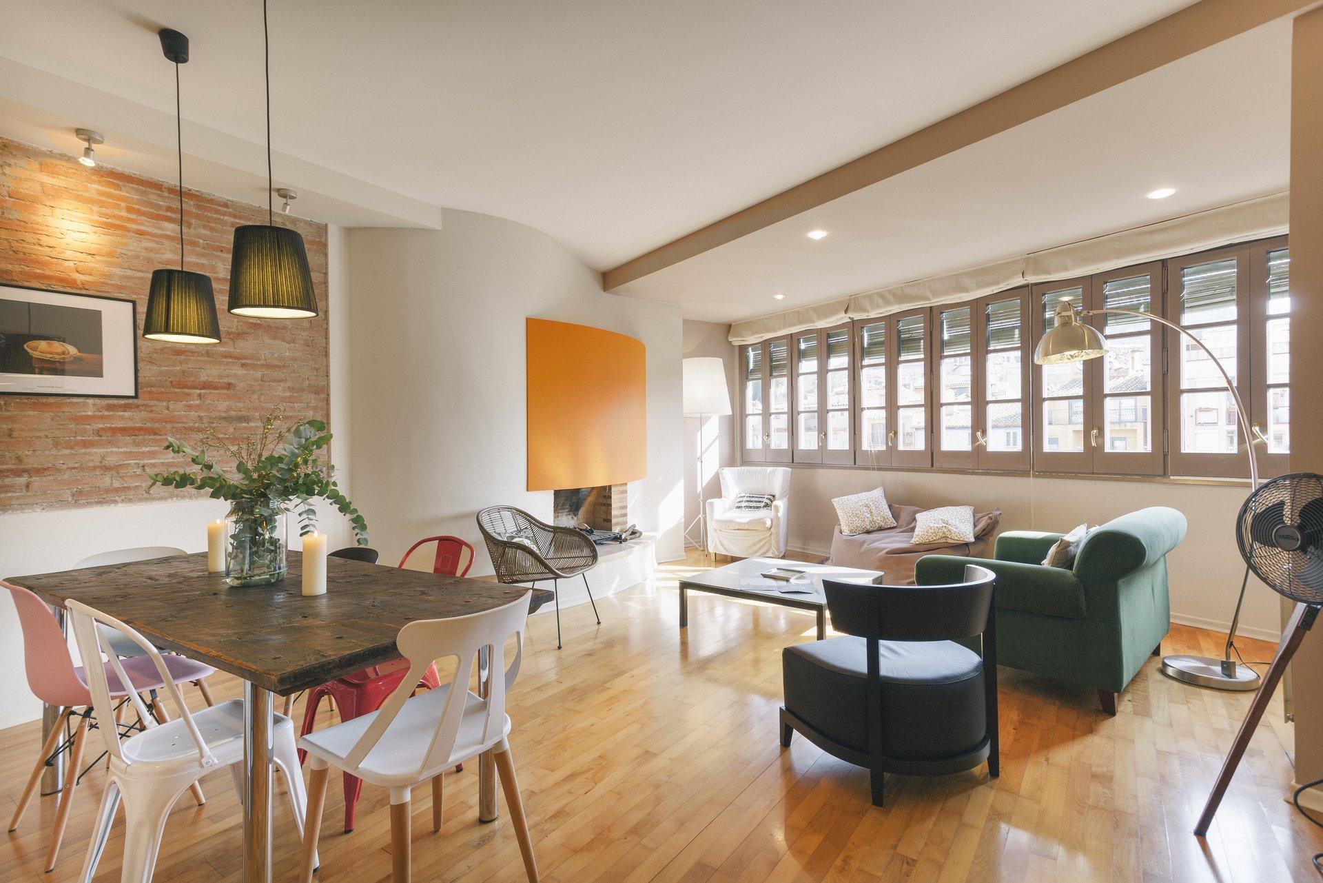 holiday apartment central girona santa clara spainsleep and stay